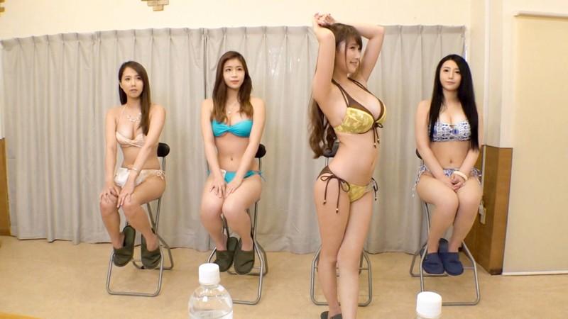 グラビアデビューのため男に体を許した巨乳女優さんが網タイツニーハイで3Pデビュー1